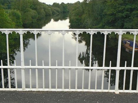 Eaton Hall Bridge - The cast-iron railings are still completely intact