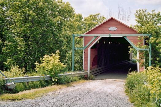 Pont Étienne-Poirier, Saint-Célestin, Québec, Canada