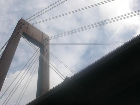 Luling Bridge