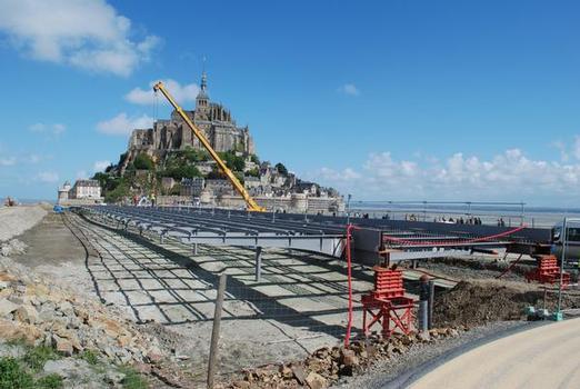 nördlicher Teil des Seesteges Mont-Saint-Michel im Bau