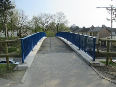 Blick auf die Brücke von Norden