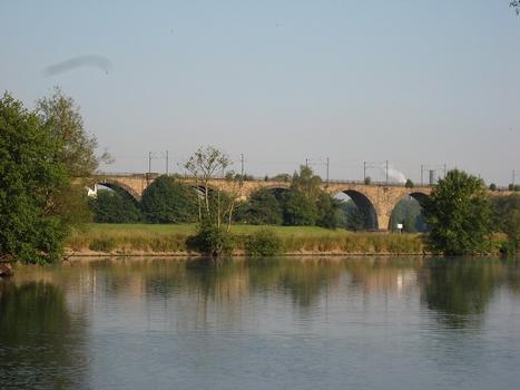 Brücke von Westen