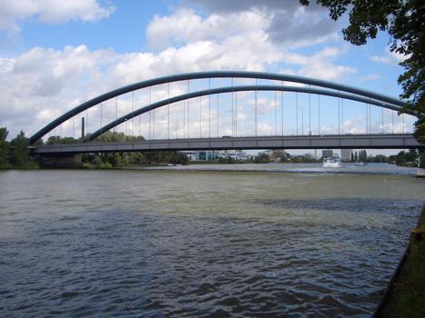 Kaiserlei Bridge