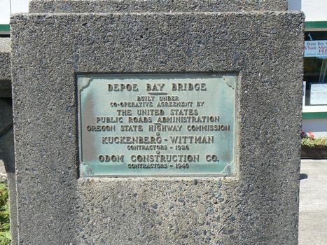 Depoe Bay Bridge  Tafel