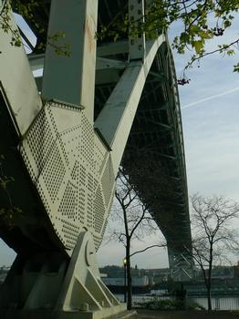 Interstate 405 Willamette River Bridge (Fremont)