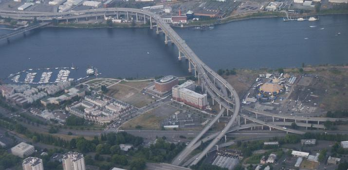 Marquam Bridge, Interstate 5