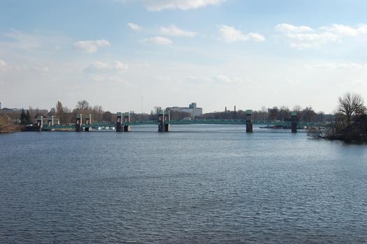 Spandauer Seebrücke