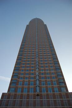 Messeturm, Francfort