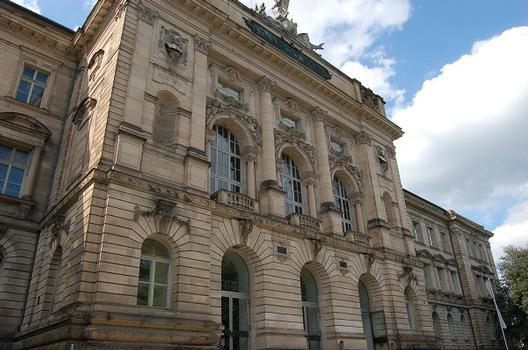 Hauptgebäude der Universität Würzburg