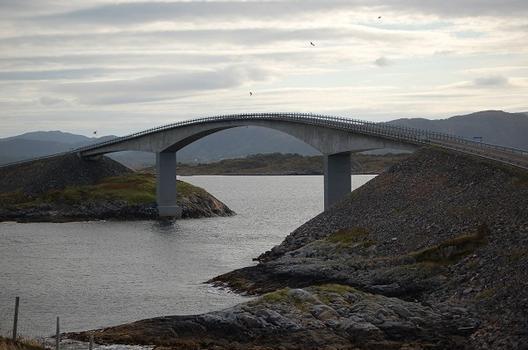 Storseisundet Bridge