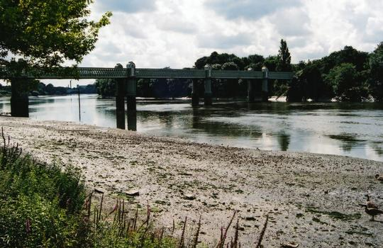 Pont ferroviaire de Kew