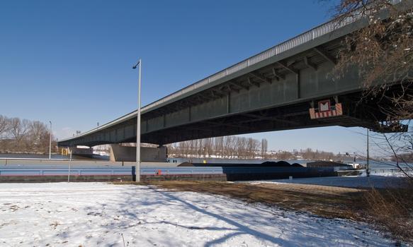 Pont sur le Main de la A 671