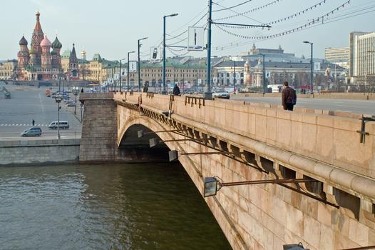 Bolschoj Moskvorezky most, Moskau
