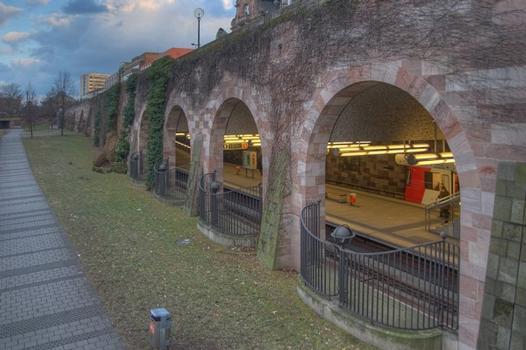 U-Bahnhof Opernhaus