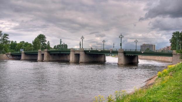 Krestovsky most