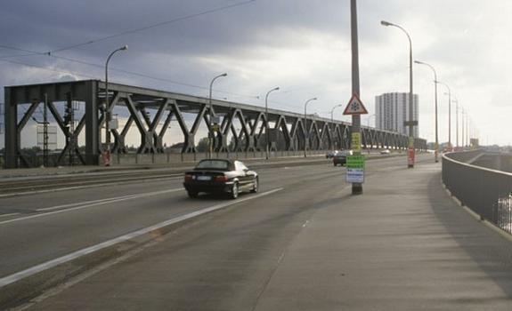 Konrad Adenauer Bridge