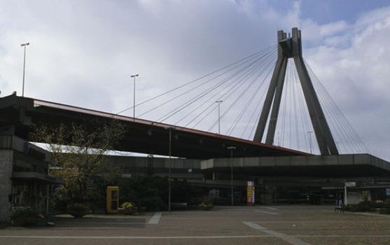 Stahlhochstrasse Bridge