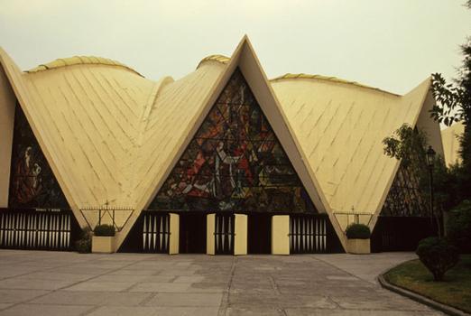 Kirche Santa Monica