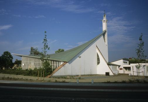 Mater Dei-Kirche