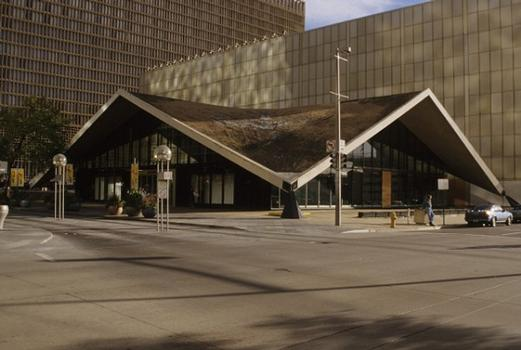May-Daniels & Fisher Department Store Entrance Hall (Denver, 1958)
