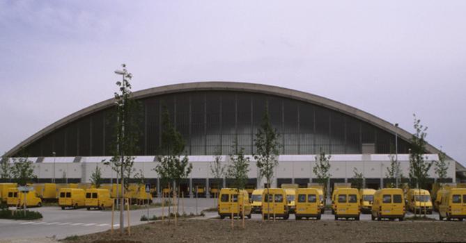 Paketposthalle