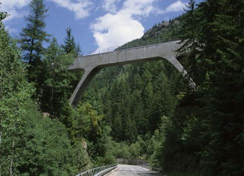 Châtelard Aqueduct