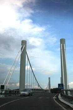 Pont supendu de Kanne sur le Canal Albert