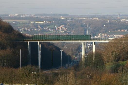 Viadukt von Cheratte vom Fort Barchon aus gesehen in Richtung Brüssel