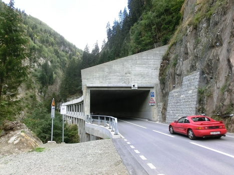 Tunnel Val Zagrenda-Las Ruinas