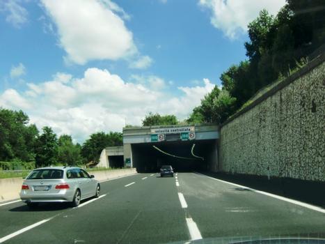 Tunnel Pileggi