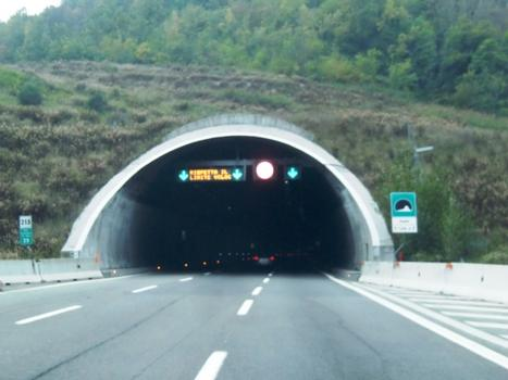 Vado Tunnel