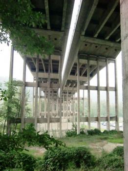 Quercia-Setta-Talbrücke