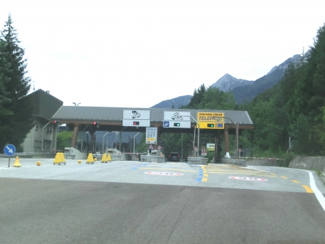 A 23 Motorway (Italy): Pontebba toll station