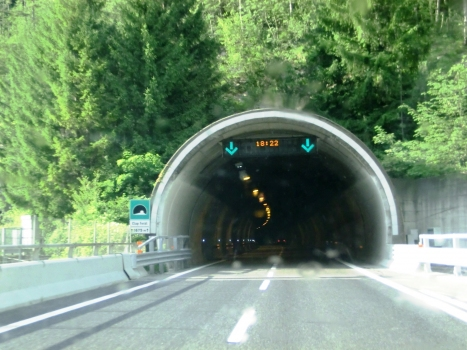 Clap Forat Tunnel southern portal