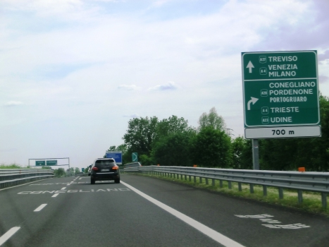 Autoroute A 27 (Italie)