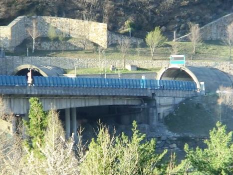 Ramat Tunnel western portals