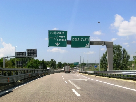 A 33 Motorway (Italy)
