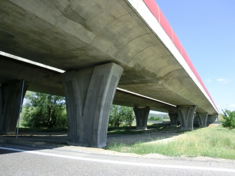 Talbrücke Costigliole Govone