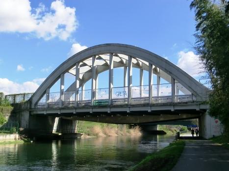 Pont sur le Naviglio Grande