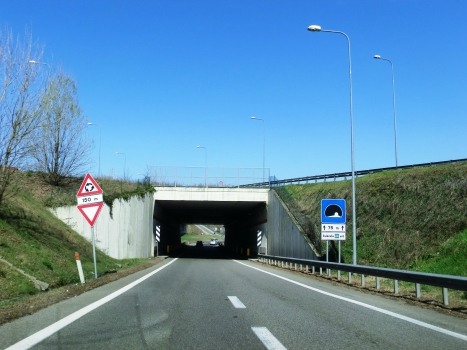 Svincolo A4 East Tunnel southern portal