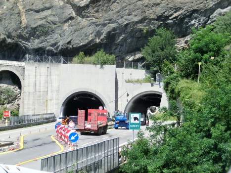Montjovet Tunnel southern portals