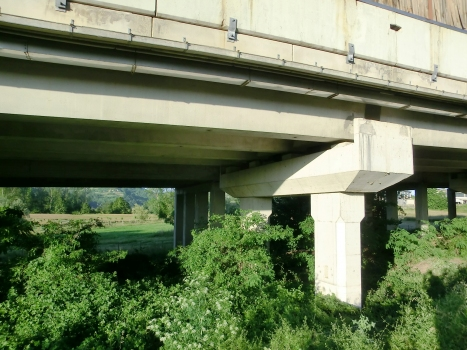 Autobahnbrücke Lesegno