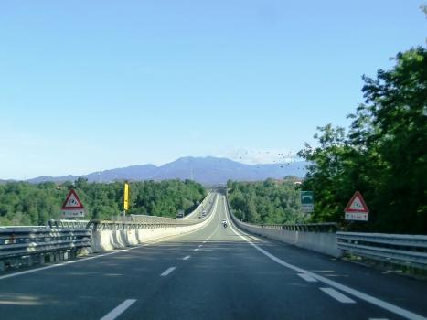 Autobahnbrücke Pesio