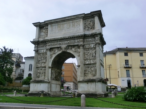 Trajansbogen von Benevent