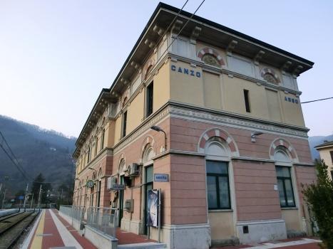 Bahnhof Canzo-Asso