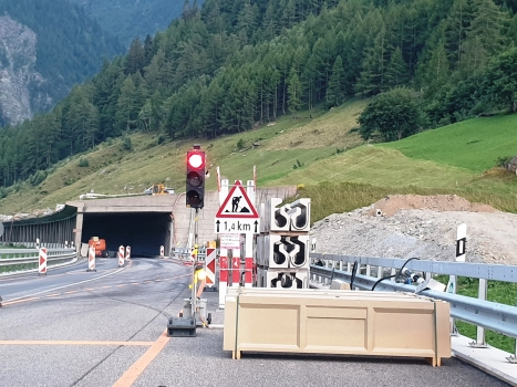 Tunnel Hostett I