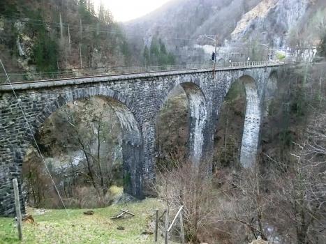 Pont ferroviaire de Ribellasca