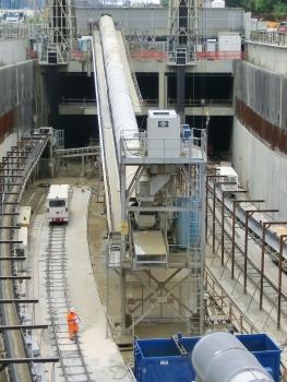 Milan Metro Line 4 at Manufatto Sereni