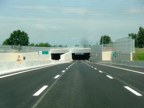 Tunnel Dresano