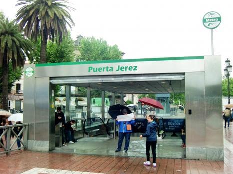 Metrobahnhof Puerta de Jerez